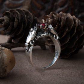 Кольцо «Летучие мыши»
