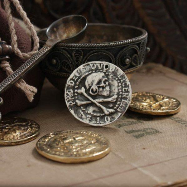 Монета пирата